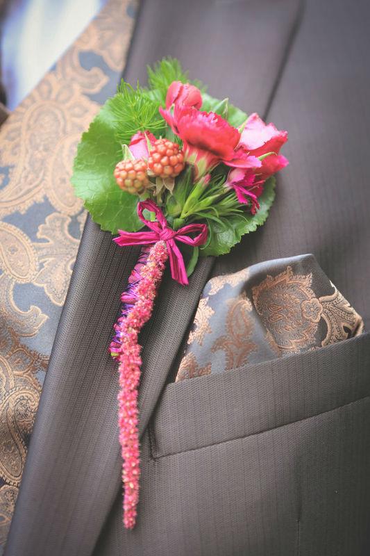 Beispiel: Ansteckblumen, Foto: Strobel Floristik.