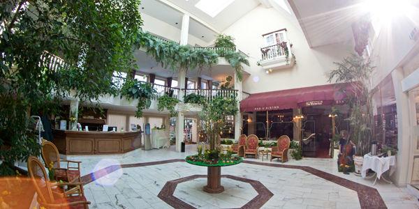 Beispiel: Foyer, Foto: Hotel Landgut Horn.