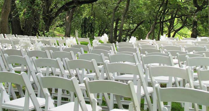 Tamarola Wedding & Event Planner.
