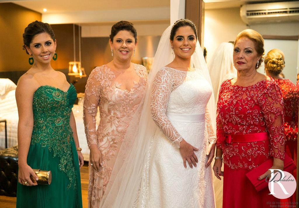 Noiva: Bruna Beleza: Dia da Noiva Exclusivo por Ro Deladore Foto: Dani Pacces