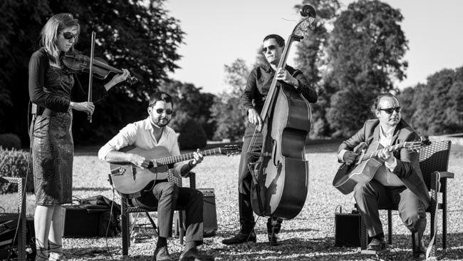 Quartet Jazz Manouche avec violon mariage http://www.jazz-manouche.clementreboul.com/