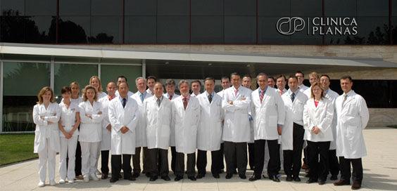 Equipo médico de la Clínica Planas