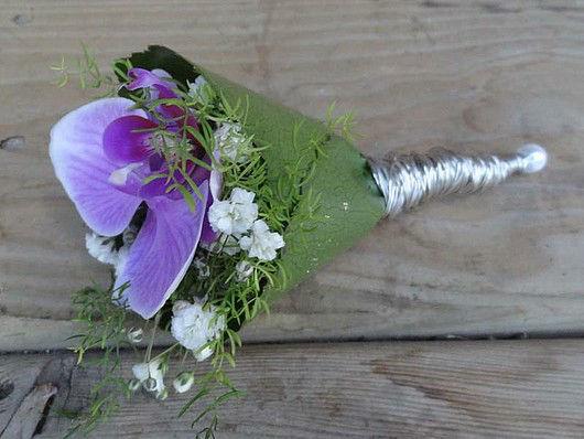 Beispiel: Anstecker für den Bräutigam, Foto: Blütenreich.