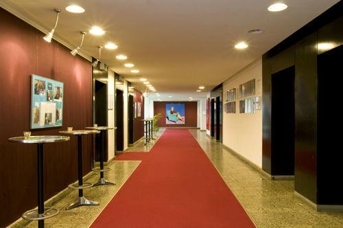 Beispiel: Foyer, Foto: Orphée Event.