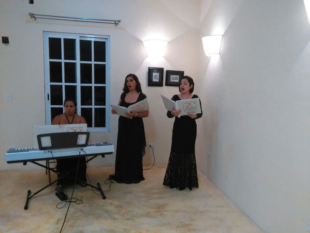 Soprano, Mezzosoprano y Piano
