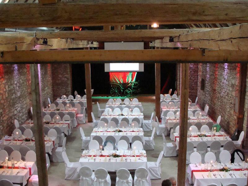 Beispiel: Gesamtansicht Festscheune, Foto: Gaststätte Alte Remise.