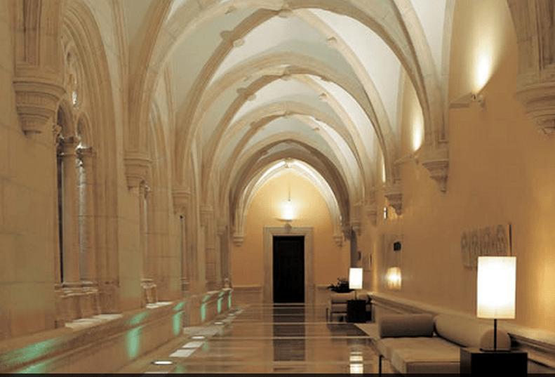 Hotel NH Collection Palacio de Burgos.
