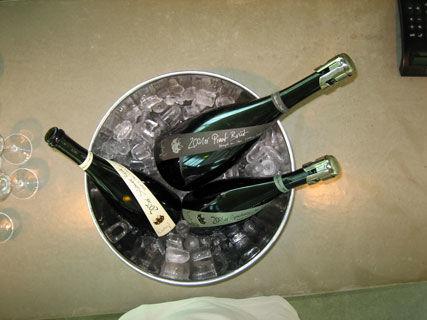 Beispiel: Sektprobe, Foto: Weingut am Stein.