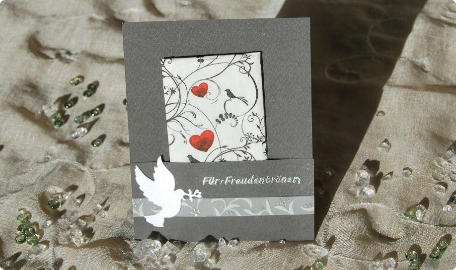 Beispiel: Einladungskarte, Foto: Cardlove.de.