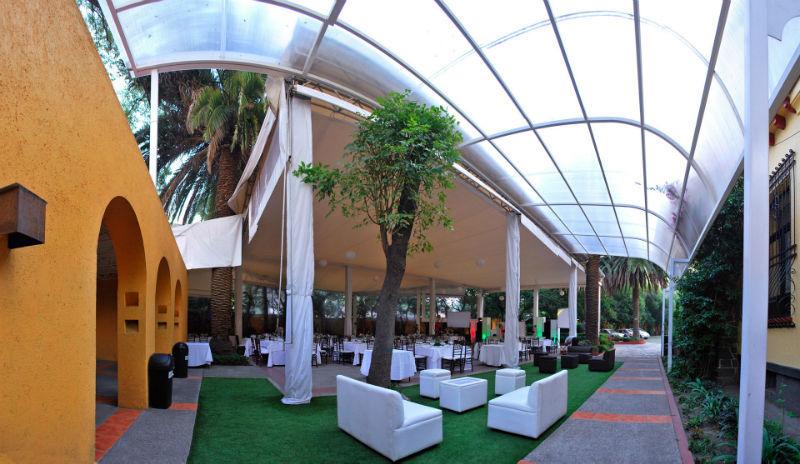 Salas tipo Lounge en Centro Cultural y Social Hidalguense