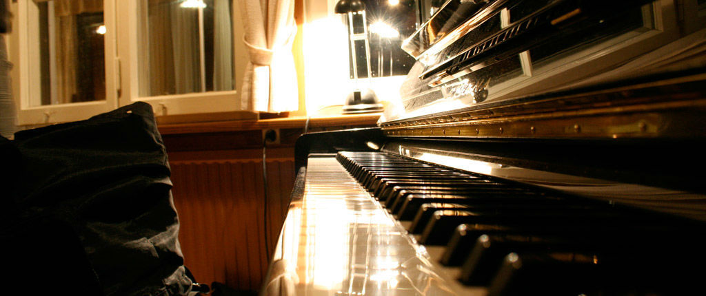 Beispiel: Klavier, Foto: Waldrestaurant Zähringer Burg.