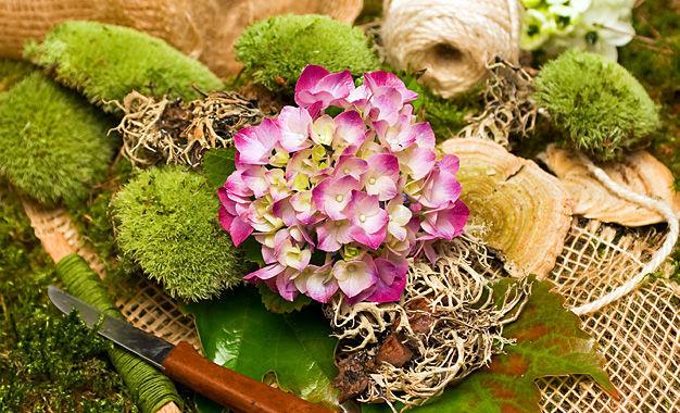 Beispiel: Wunderschöne Gestecke, Foto: Die kleine Blumenwerkstatt.
