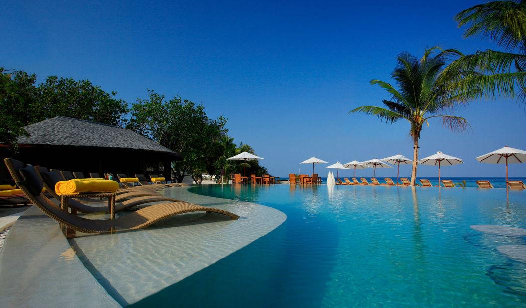 Übrigens nur für Erwachsene... - Centara Ras Fushi Resort & Spa Maldives, Foto: Centara Hotels and Resorts.