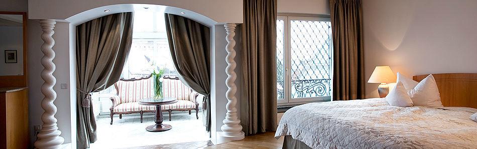 Beispiel: Zimmer, Foto: Traube Romantisches Hotel & Restaurant.