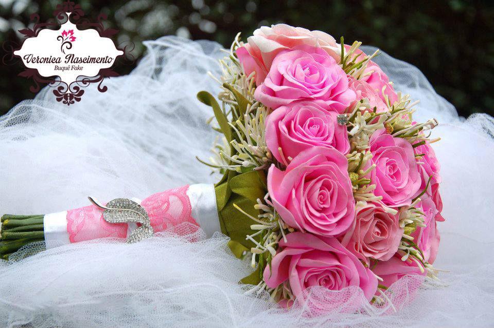 - Buquê fake - rosa chiclete