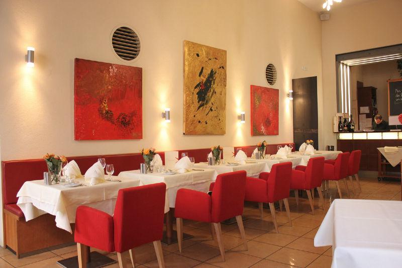 Beispiel: Räumlichkeiten, Foto: Hotel Roter Hahn.
