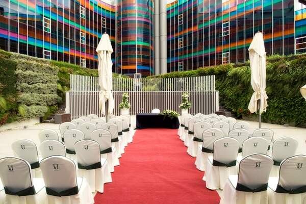 Hotel Jardines de Uleta Suites