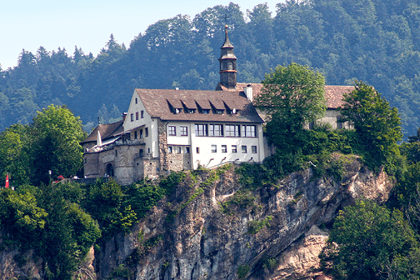 Beste Spielothek in Burg finden