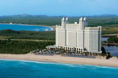Cerritos Resort