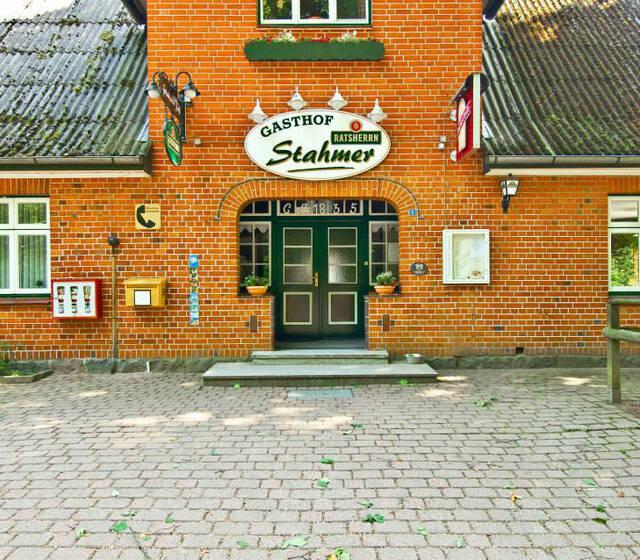 Beispiel: Außenansicht, Foto: Landgasthof Stahmer.