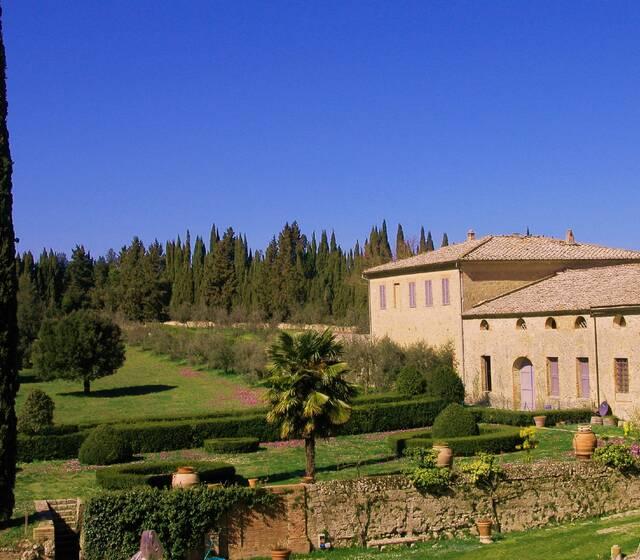 Castello di Grotti: Il pratone