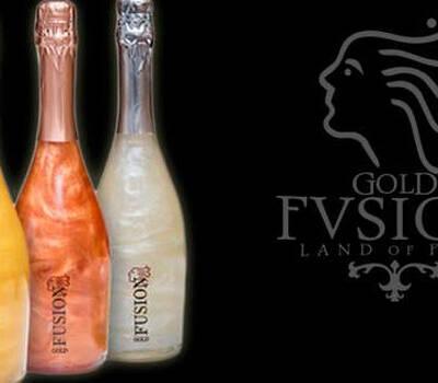 Espumante Gold Fusion. Exclusivo de uvas Airen con suavidad en el paladar y con una elegancia inigualable al gusto y a la vista ya que sus efectos volcánicos generan una incomparable sensación de distinción y exclusividad.
