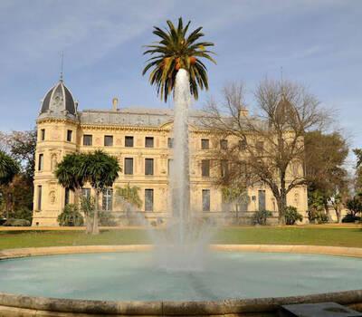 Palacio del Recreo de las Cadenas y jardines