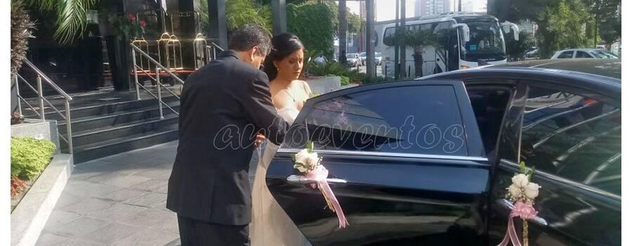 Talia rumbo a la boda
