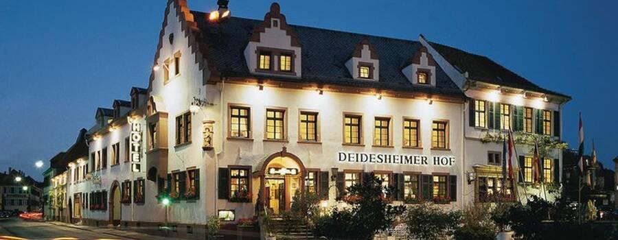 Beispiel: Vorderansicht, Foto: Deidesheimer Hof.