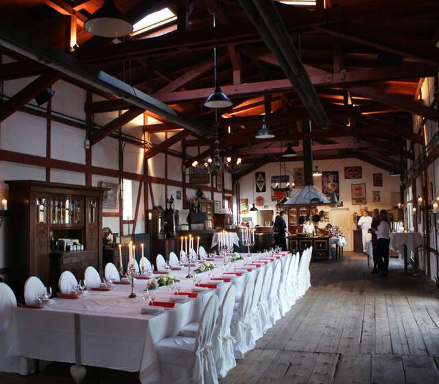 Beispiel: Hochzeitstafel, Foto: Lokschuppen.