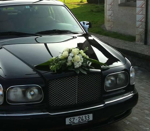 Beispiel: Das Auto für Ihren schönsten Tag, Foto: First Limoservice.