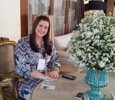 Kleanne Fireman, Assessora e Produtora de eventos.