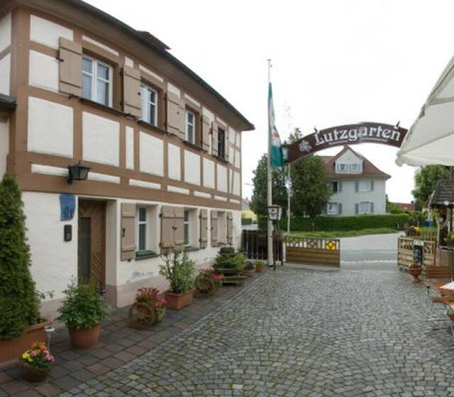 Beispiel: Aussenansicht, Foto: Historisches Restaurant Lutzgarten.