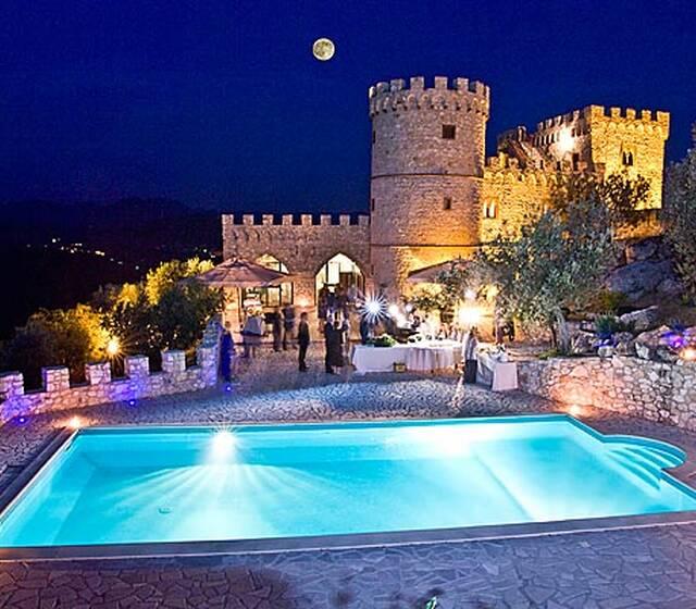 Castello Rocca dei Cavalieri- Notturno