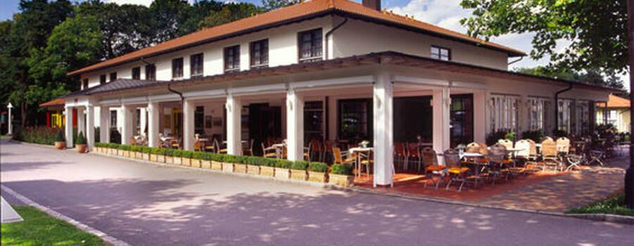 Beispiel: Außenansicht, Foto: Luckner Parkrestaurant.