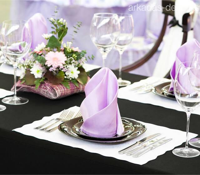 Beispiel: Tischdekoration für Ihre Hochzeit, Foto: Arkadas Dekorasyon.