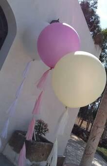 Balões gigantes com tassels