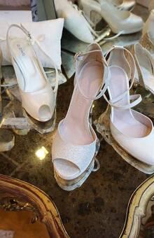 une large collection de chaussures pour toutes les Cendrillon