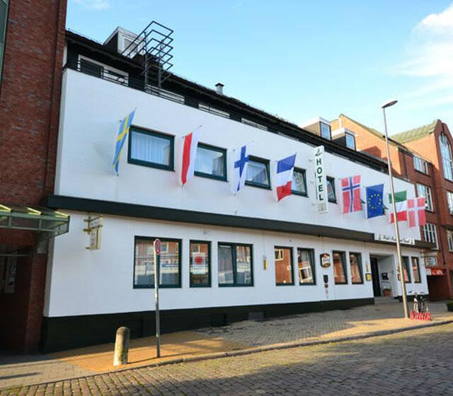 Beispiel: Außenansicht, Foto: Hotel Consul.