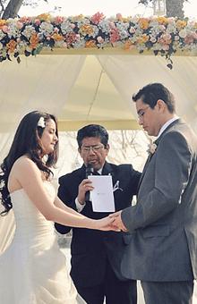 Ceremonia al Aire LIbre de pareja Cristiana