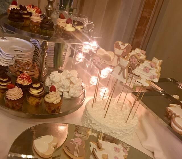 Biscotti decorati sweet table 1