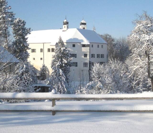 Schloss Amerang im Schnee