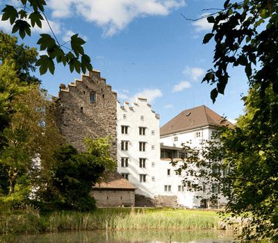 Beispiel: Aussenansicht, Foto: Schloss Wartensee.