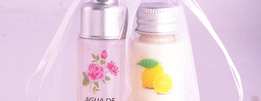 Agua de rosas + crema de manos $ 3.000