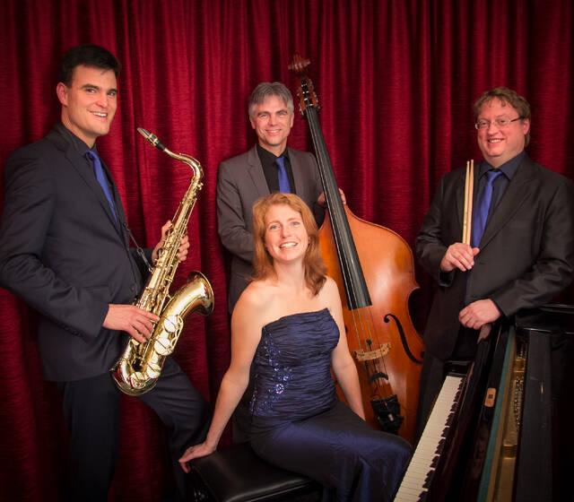Trio oder Quartett zum Fest am Abend