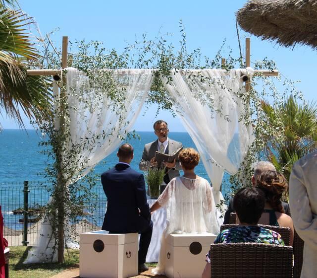 Ceremonias civile en la playa