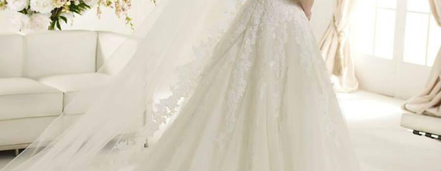 Beispiel: Brautkleid, Foto: Herzog Brautmoden.