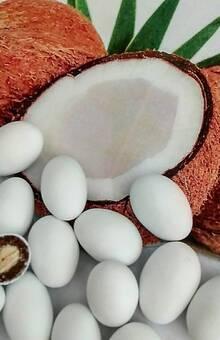 Dragées amande, chocolat saveur noix de coco