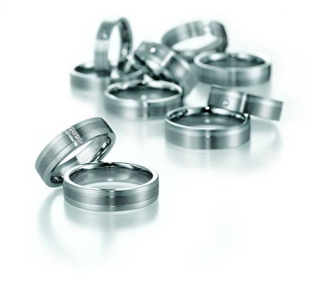 Beispiel: Die Ringe für Ihren großen Tag, Foto: Goldschmiede Betz.