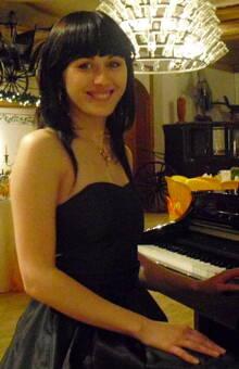 Live Piano zur Trauung,zum Empfang und zum Dinner- Ihre Pianistin Irina